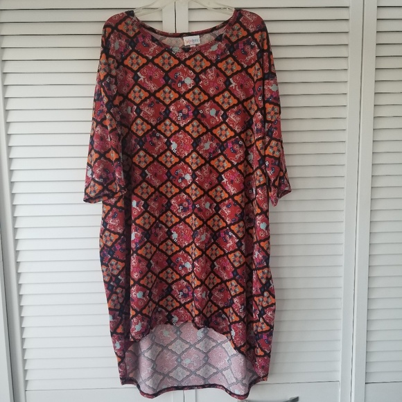 LuLaRoe Tops - New with tags!! LuLaRoe Irma top/tunic in XL.